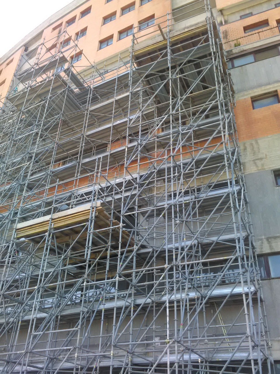 Gallery foto n.1 Вышки Multiceta - Усиление здания больницы