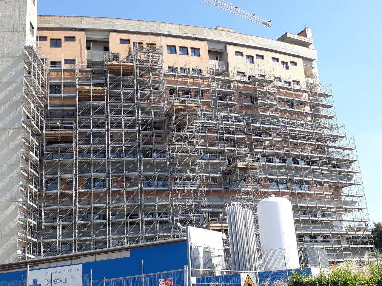 Gallery foto n.2 Вышки Multiceta - Усиление здания больницы