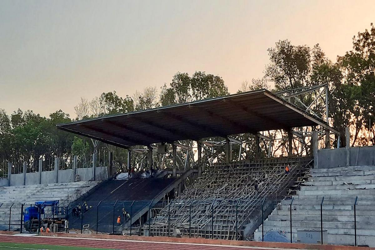 Gallery foto n.5 Copertura a sbalzo - stadio di Tanguiéta