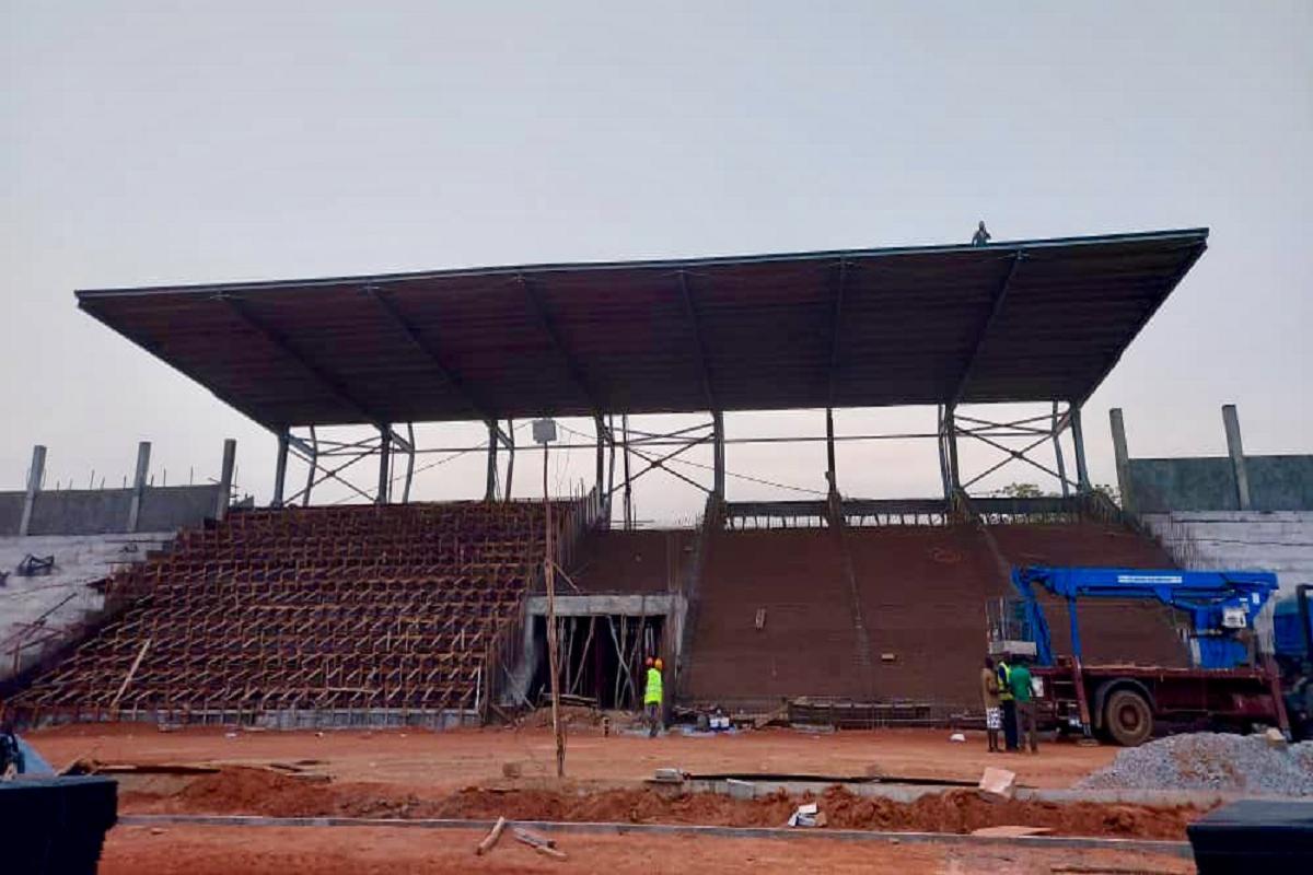 Gallery foto n.5 Copertura a sbalzo - stadio di Malanville