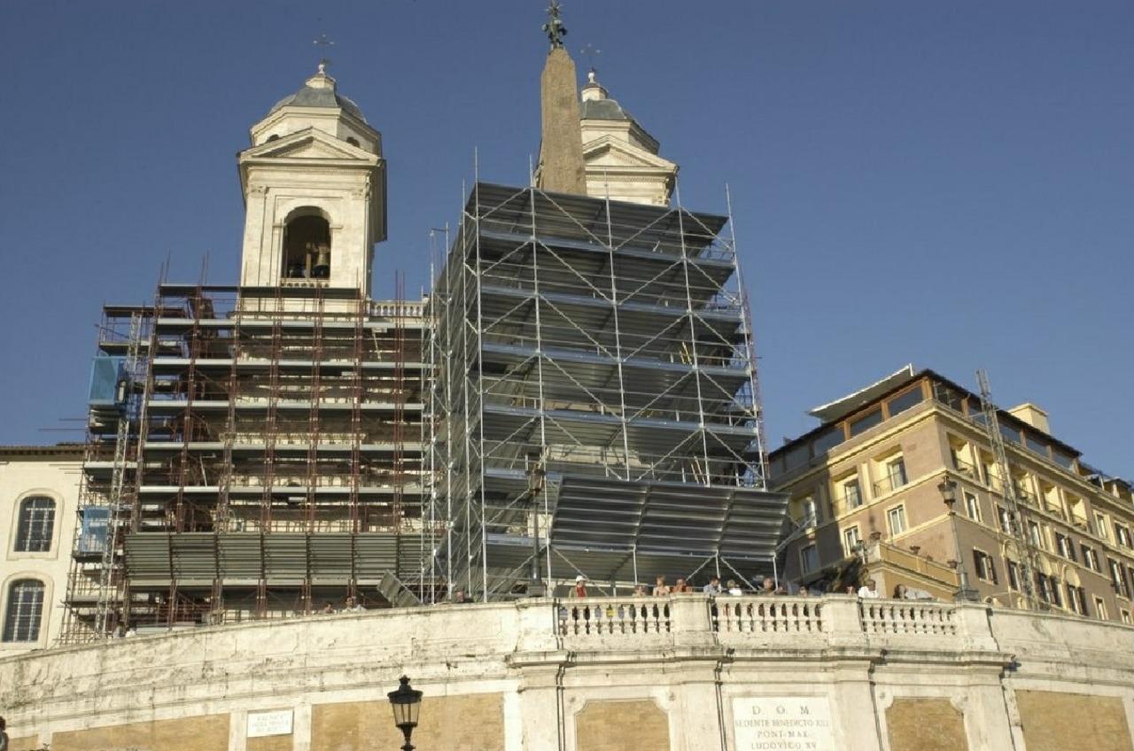 Gallery foto n.2 Multiceta - Obelisco Sallutiano
