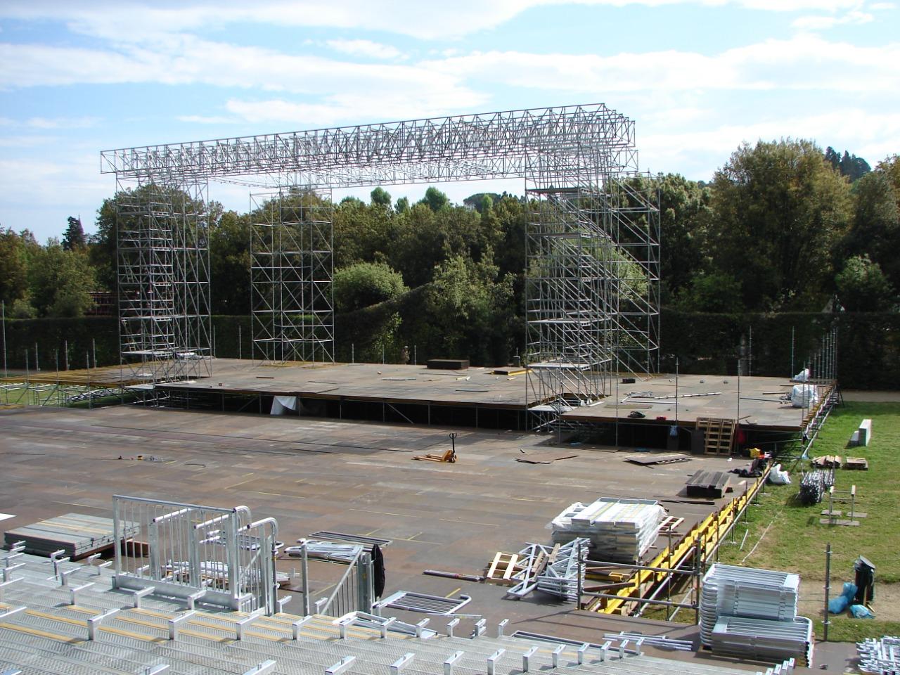 Gallery foto n.2 TMC beams for coverage - Opera festival