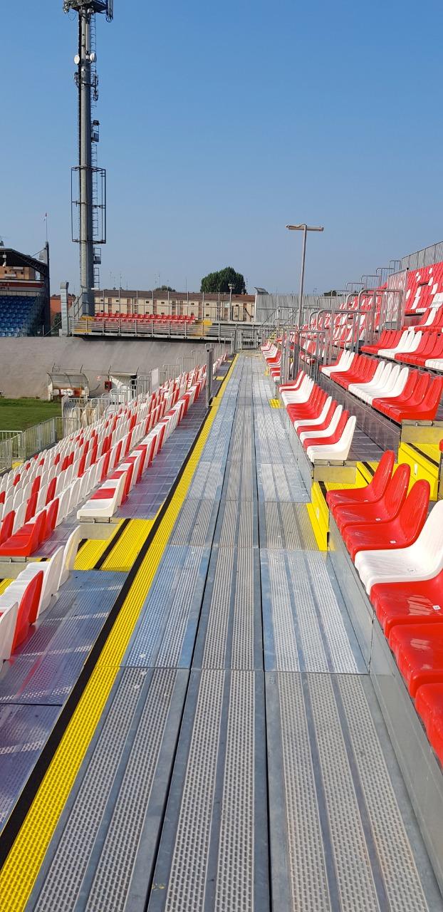 Gallery foto n.2 Tribune préf. G2M18/1 - Stade Sandro Cabassi