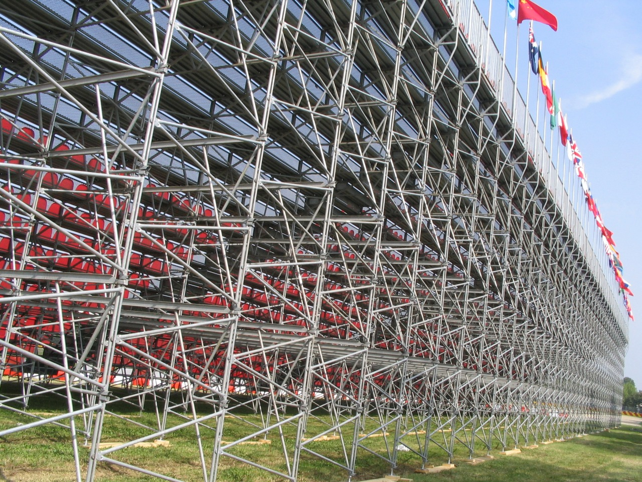 Gallery foto n.1 Prefabricated stand G2M21/0 - Ferrari racetrack