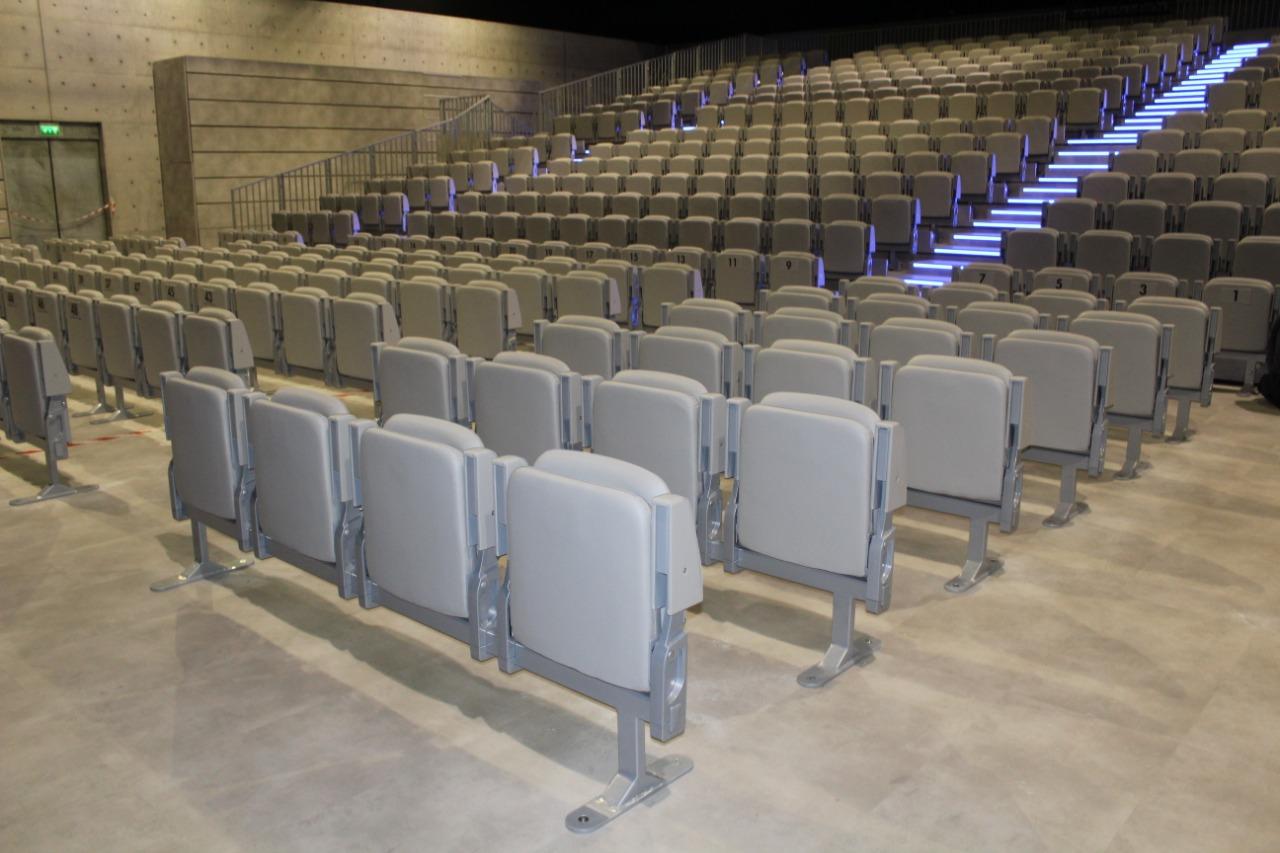 Gallery foto n.2 Tribune telescopiche - Teatro Armani