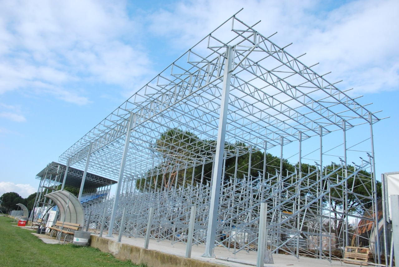 Gallery foto n.2 Prefabricated cover - Chersoni Rugby Stadium