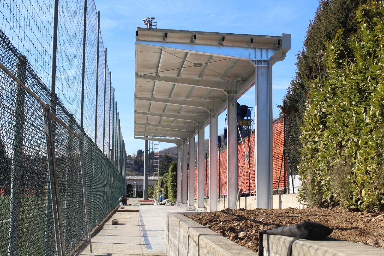 Gallery foto n.5 سقف معلق - أحد ملاعب كرة القدم