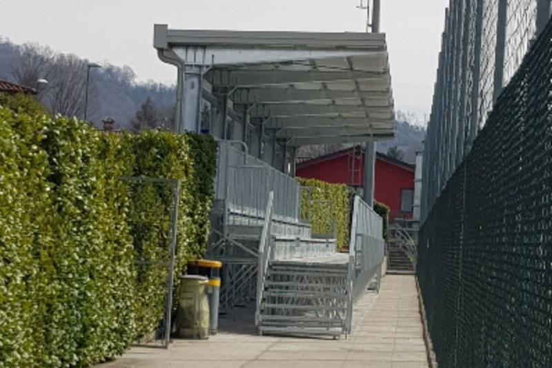 Gallery foto n.6 سقف معلق - أحد ملاعب كرة القدم