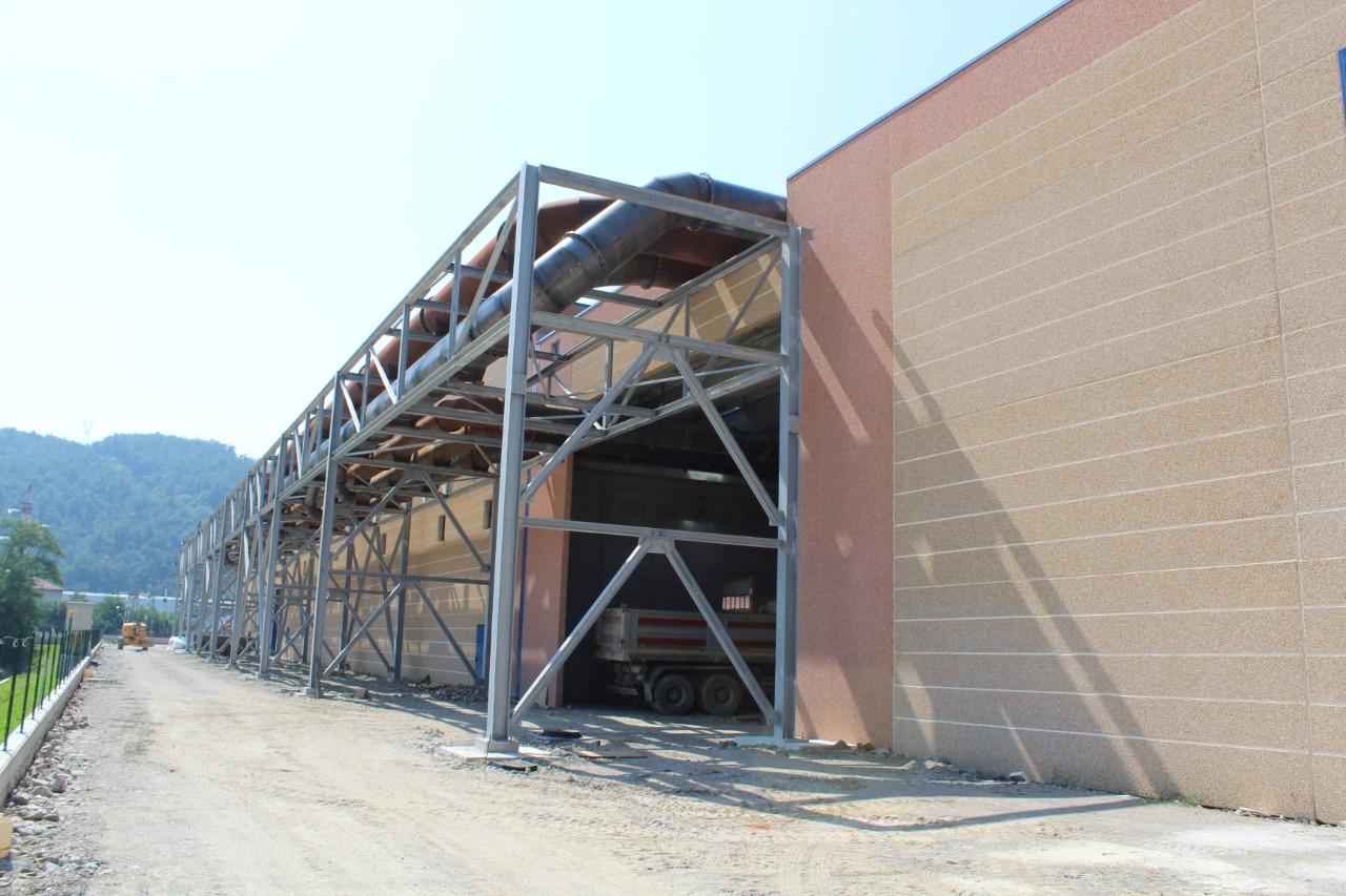 Gallery foto n.4 Structure en tubes d'acier - Établissement Zincol Ossidi