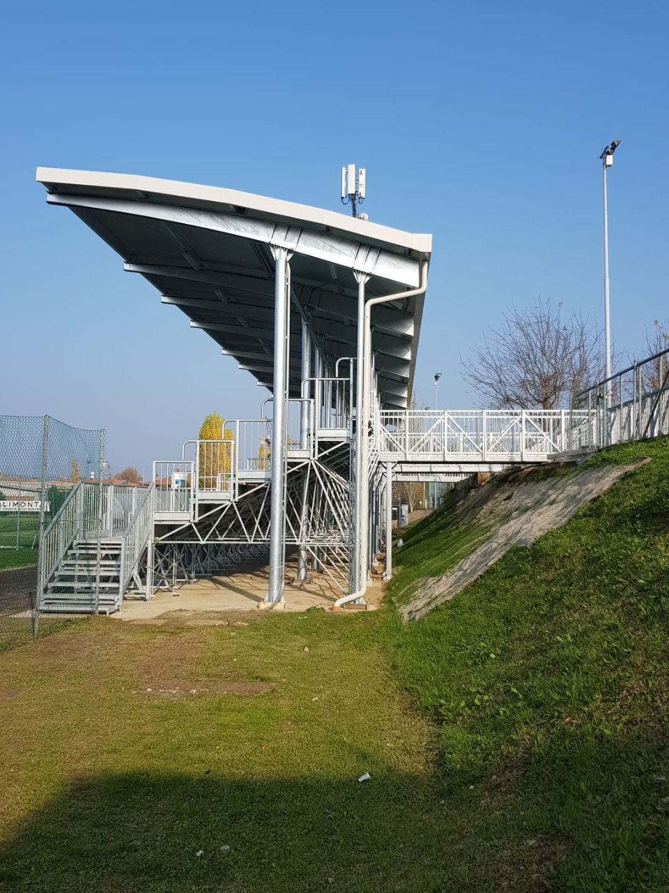 Gallery foto n.1 Overhanging cover - Football field