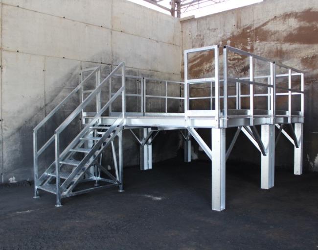 Furnace access platform - Plant